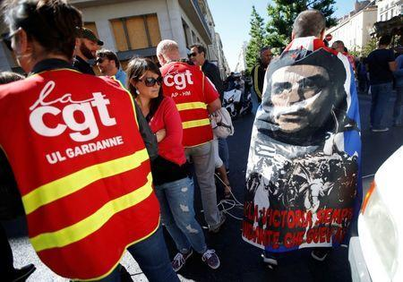 French CGT labour union employees march during a demonstration in Marseille as part of nationwide protests against plans to reform French labour laws, France, June 14, 2016. REUTERS/Jean-Paul Pelissier