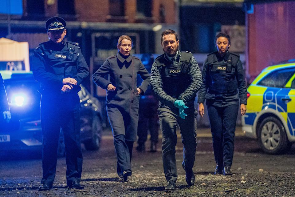 WARNING: Embargoed for publication until 00:00:01 on 20/04/2021 - Programme Name: Line of Duty S6 - TX: 25/04/2021 - Episode: Line Of Duty - Ep 6 (No. n/a) - Picture Shows: *NOT FOR PUBLICATION UNTIL 00:01HRS, TUESDAY 20TH APRIL, 2021* Superintendent Ted Hastings (ADRIAN DUNBAR), Carmichael (ANNA MAXWELL MARTIN), DI Steve Arnott (MARTIN COMPSTON), DC Chloe Bishop (SHALOM BRUNE-FRANKLIN) - (C) World Productions - Photographer: Steffan Hill