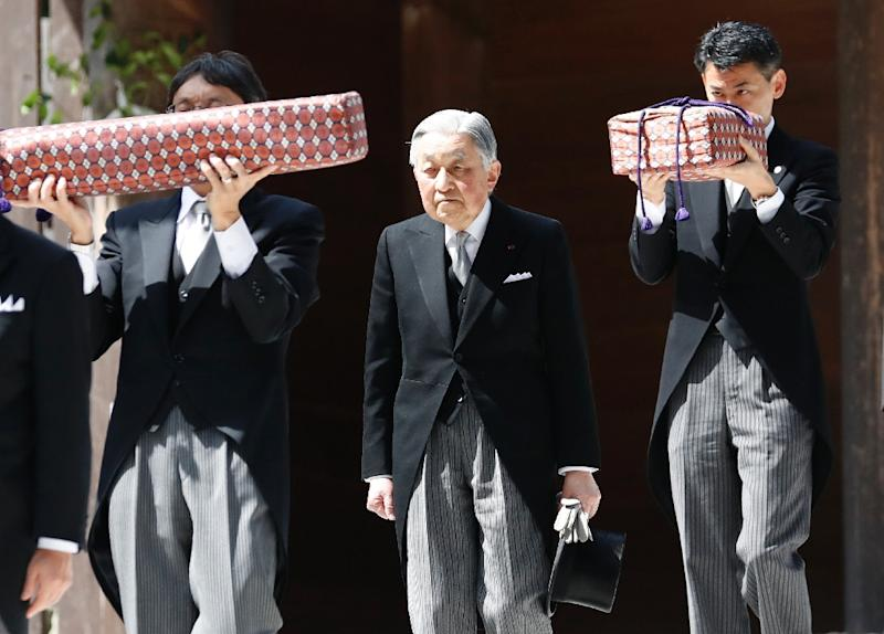 Emperor Akihito becomes first Japanese monarch to abdicate in 200 years