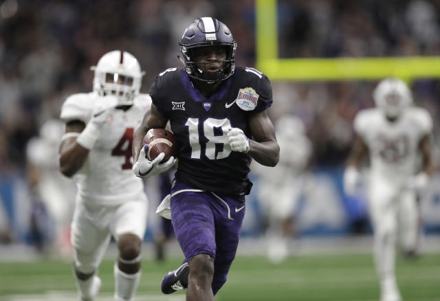 TCU wide receiver Jalen Reagor (18) scores on a 93-yard touchdown reception against Stanford. (AP Photo/Eric Gay)