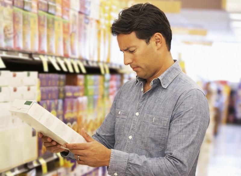 easy cheap ways to lose pounds man at grocery store