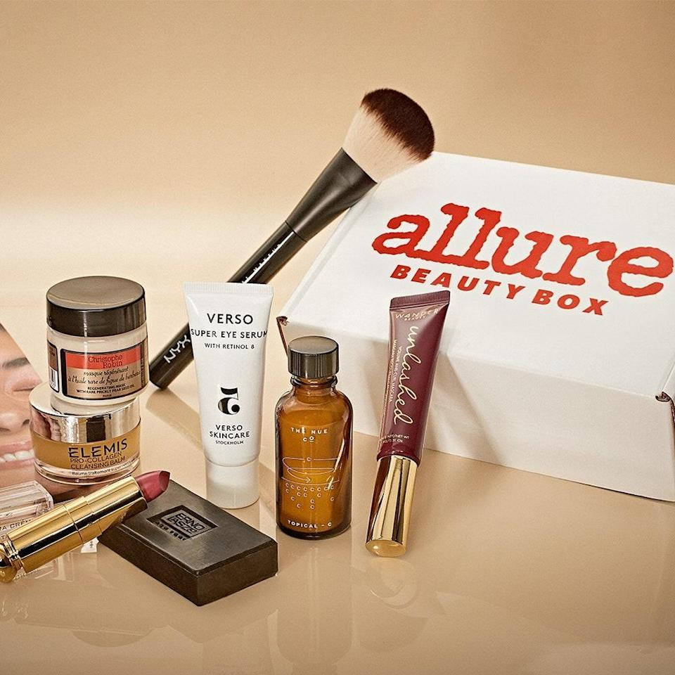 """<p>What's better than one gift? One gift <em>every month</em>, thanks to an <em>Allure</em> Beauty Box subscription, which ships conveniently via Amazon. It's a win-win: your beauty-loving friend receives tons of well-deserved pampering — to be specific, six or more editor-approved products valued at over $100, three of which are full-size. </p> <p>If you <a href=""""https://subscribe.allure.com/subscribe/allure/135229?source=EDT_ALB_EDIT_GALLERY_0_HOLIDAY_ZZ"""" rel=""""nofollow noopener"""" target=""""_blank"""" data-ylk=""""slk:gift a subscription"""" class=""""link rapid-noclick-resp"""">gift a subscription</a>, you (yes, <em>you</em>) get a free full-size <a href=""""https://www.allure.com/review/peach-and-lily-glass-skin-refining-serum?mbid=synd_yahoo_rss"""" rel=""""nofollow noopener"""" target=""""_blank"""" data-ylk=""""slk:Peach & Lily Glass Skin Refining Serum"""" class=""""link rapid-noclick-resp""""><strong>Peach & Lily Glass Skin Refining Serum</strong></a> valued at $39 to keep. It brightens hyperpigmentation and soothes stressed-out skin with a blend of hyaluronic acid, niacinamide, and <a href=""""https://www.allure.com/story/what-is-cica-ingredient-korean-beauty-skin-care?mbid=synd_yahoo_rss"""" rel=""""nofollow noopener"""" target=""""_blank"""" data-ylk=""""slk:centella asiatica"""" class=""""link rapid-noclick-resp""""><em>centella asiatica</em></a>-derived madescassoide.</p>"""