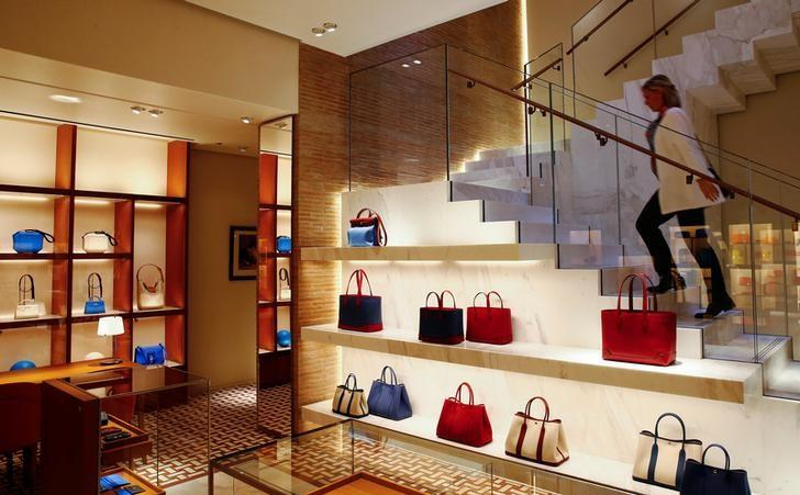 222a4da28e French handbag maker Hermes posts record first half margins