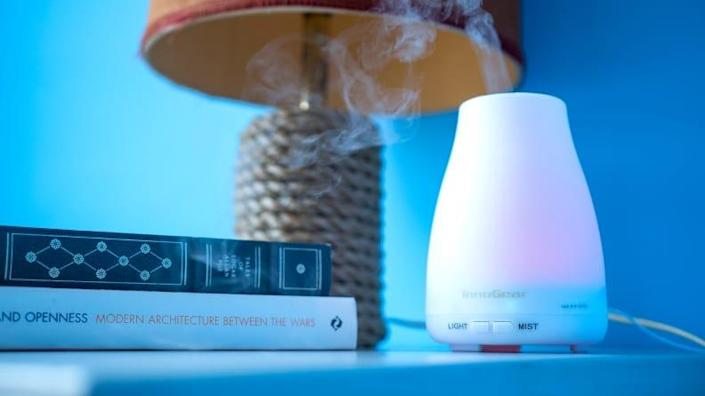 The InnoGear Upgraded 150ml Diffuser freshens the air with pleasant aromas of your choosing.