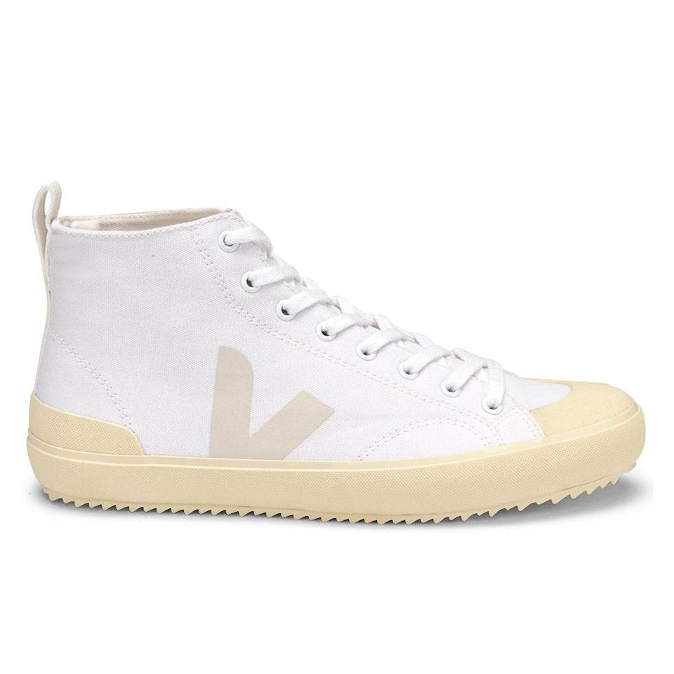 """<p><strong>Veja</strong></p><p>huckberry.com</p><p><a href=""""https://go.redirectingat.com?id=74968X1596630&url=https%3A%2F%2Fhuckberry.com%2Fstore%2Fveja%2Fcategory%2Fp%2F65635-nova&sref=https%3A%2F%2Fwww.menshealth.com%2Fstyle%2Fg37092193%2Fhuckberry-summer-sale-2021%2F"""" rel=""""nofollow noopener"""" target=""""_blank"""" data-ylk=""""slk:BUY IT HERE"""" class=""""link rapid-noclick-resp"""">BUY IT HERE</a></p><p><del>$140<br></del><strong>$105 (25% OFF)</strong></p><p>At <em>Men's Health</em>, we'll take sneakers for the gym <em>and </em>everyday activities. As for these sustainable options from Veja, well, they're simply classic.<strong><em><em><br></em></em></strong></p>"""