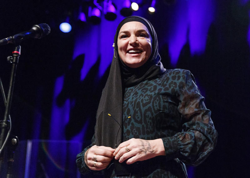 Singer-songwriter Sinead O'Connor performs on stage at Vogue Theatre on February 01, 2020 in Vancouver, Canada. (Photo by Andrew Chin/Getty Images)