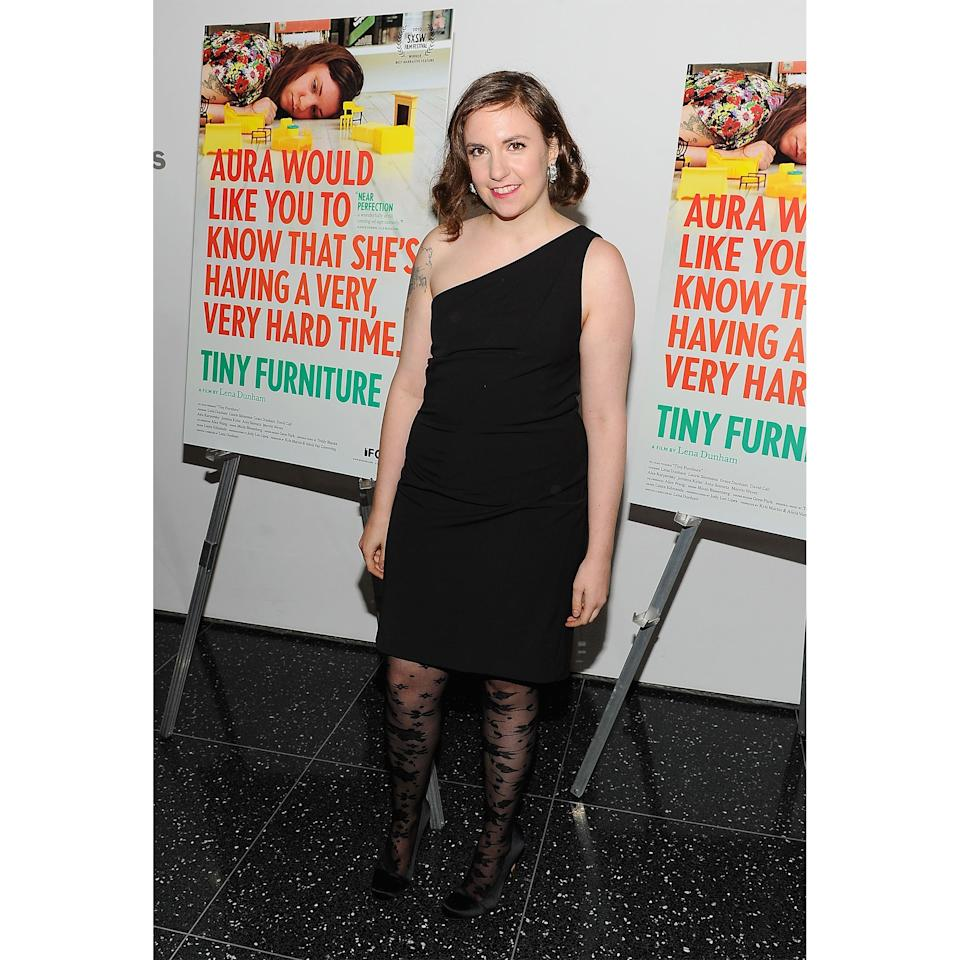 <p>When her first feature film premiered in New York, Dunham swiped on some scarlet lipstick and added a few bends to her low-key lob.</p>