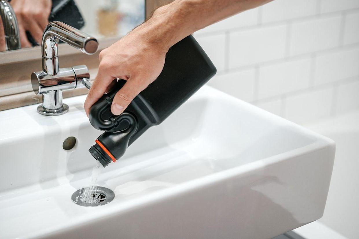 clean drain with chemicals