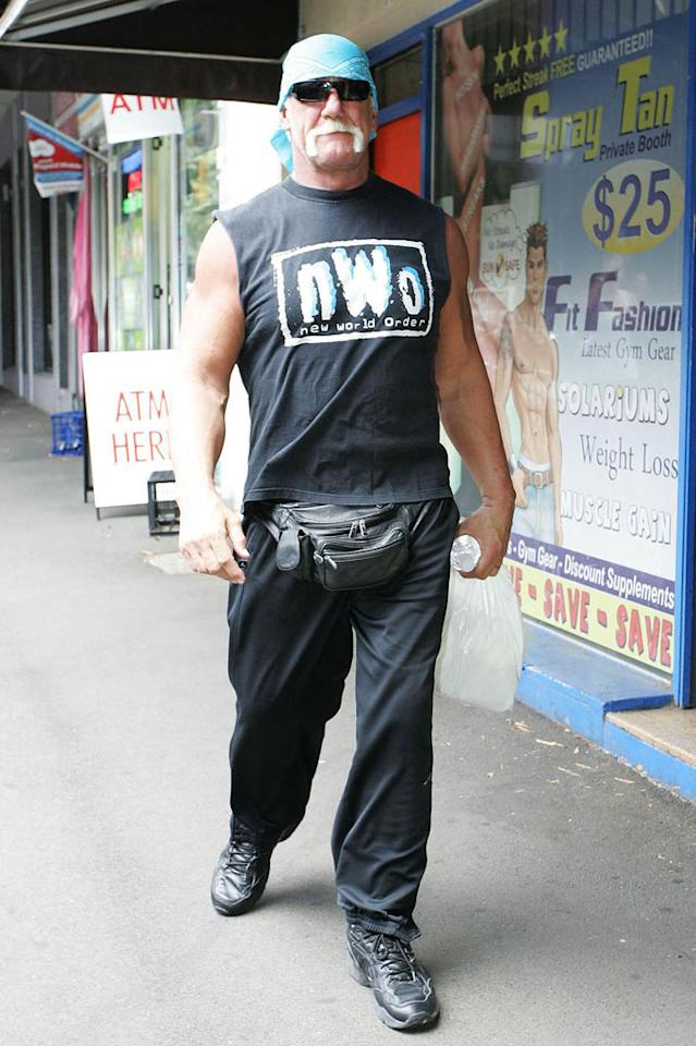 """Even Hulk Hogan has been rocking a busted black one while out and about in Australia. When will these celebs learn that fanny packs are the ultimate fashion faux pas?! Carlos Costas/<a href=""""http://www.pacificcoastnews.com/"""" target=""""new"""">PacificCoastNews.com</a> - November 17, 2009"""