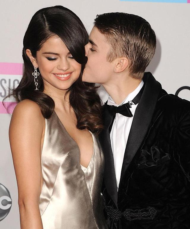 <p>LOS ANGELES, CA – NOVEMBER 20: Selena Gomez and Justin Bieber arrives at the 2011 American Music Awards at Nokia Theatre L.A. Live on November 20, 2011 in Los Angeles, California. (Photo by Steve Granitz/WireImage) </p>