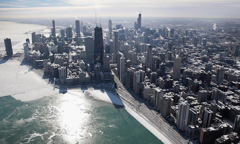 Chicago's Bond Penalty Plunges as Investors Hunt for Yields