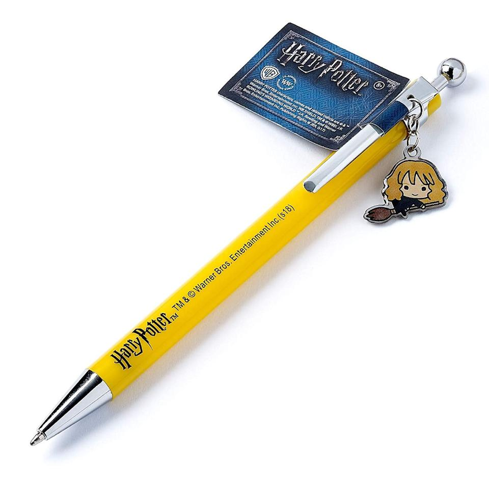 "<p>If you can't get your hands on a quill, this <a href=""https://www.popsugar.com/buy/Harry-Potter-Hermione-Pen-375134?p_name=Harry%20Potter%20Hermione%20Pen&retailer=amazon.com&pid=375134&price=9&evar1=buzz%3Auk&evar9=44044681&evar98=https%3A%2F%2Fwww.popsugar.com%2Fentertainment%2Fphoto-gallery%2F44044681%2Fimage%2F46973739%2FHarry-Potter-Hermione-Pen&list1=shopping%2Cgifts%2Cgift%20guide%2Charry%20potter%2Cgifts%20under%20%2425%2Cgifts%20under%20%24100%2Cgifts%20under%20%2450%2Cgifts%20under%20%2475%2Cgifts%20under%20%24200&prop13=api&pdata=1"" rel=""nofollow"" data-shoppable-link=""1"" target=""_blank"" class=""ga-track"" data-ga-category=""Related"" data-ga-label=""https://www.amazon.com/harry-Potter-Hermione-Granger-Cutie/dp/B07DVJRRKM/ref=sr_1_15?s=office-products&amp;ie=UTF8&amp;qid=1540247514&amp;sr=1-15&amp;keywords=hermione+granger+pen"" data-ga-action=""In-Line Links"">Harry Potter Hermione Pen</a> ($9) will delight the Harry Potter fan in your life. </p>"