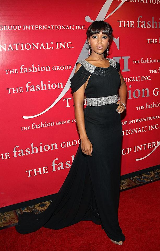 "Kerry Washington (""Lakeview Terrace"") brings some much-needed drama to the red carpet in this sparkling stunner. Stephen Lovekin/<a href=""http://www.gettyimages.com/"" target=""new"">GettyImages.com</a> - October 23, 2008"