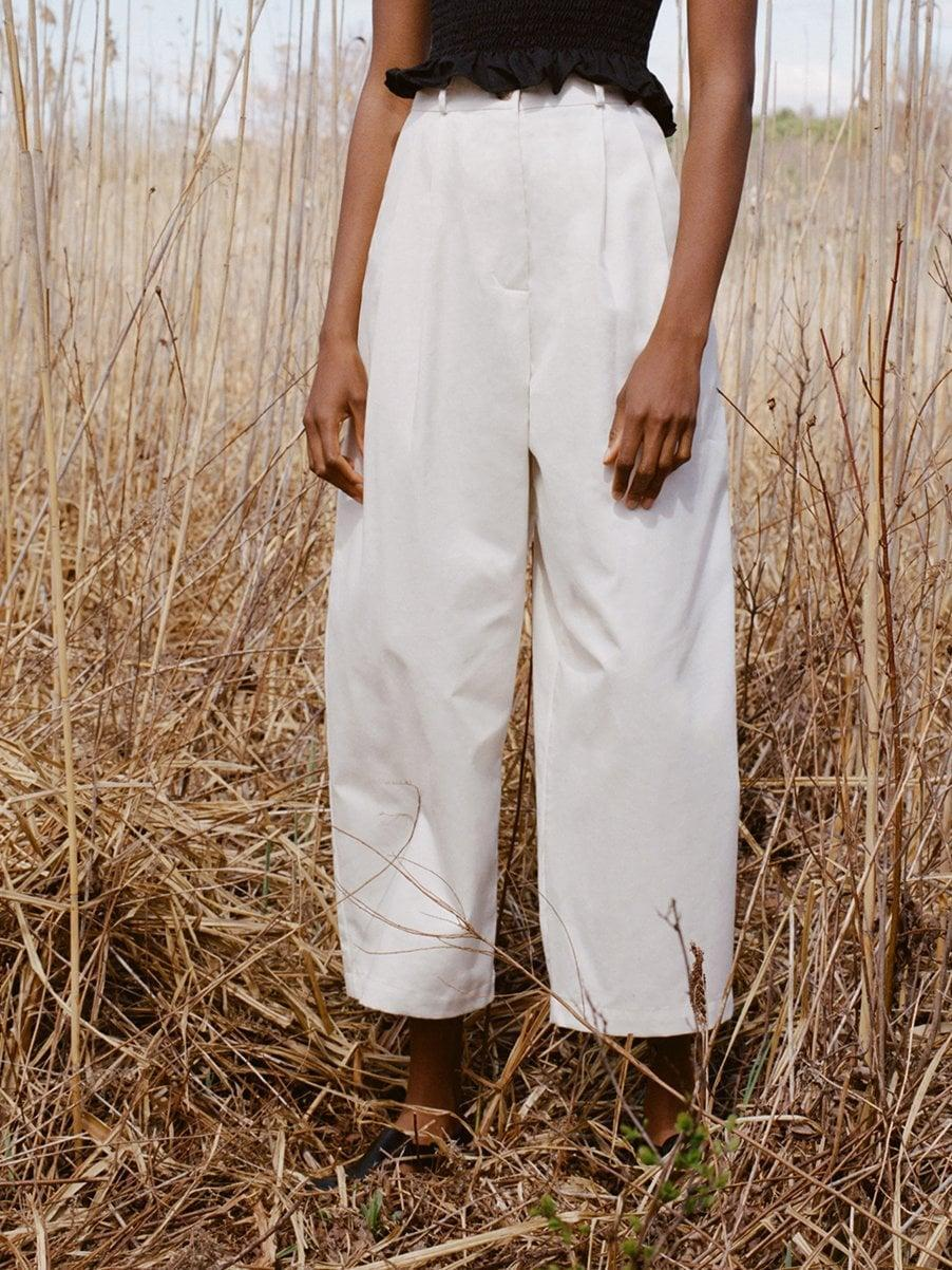 <p>Play with volume and pair your summery cropped tops with an oversized pant like this <span>Shaina Mote Boy Trouser in Salt</span> ($258)</p>