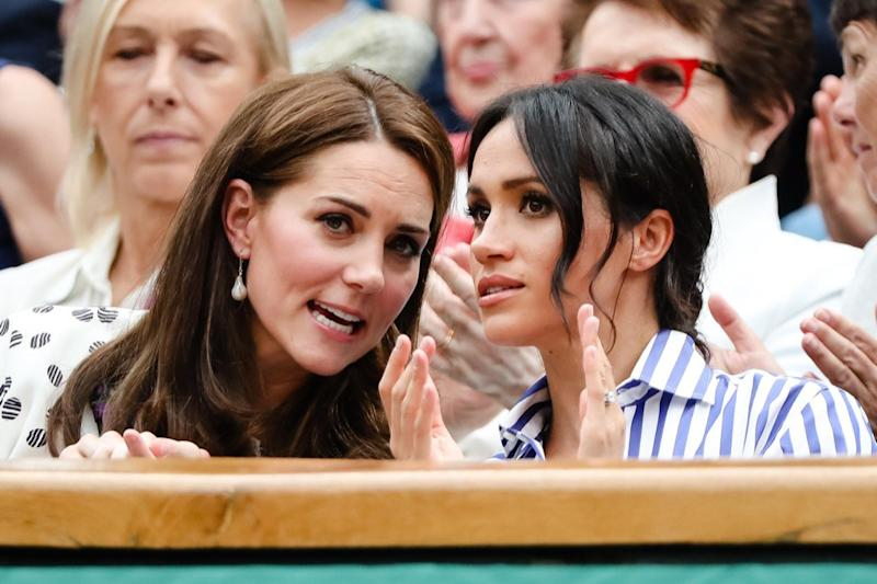 P91GJG London, UK, 14th July 2018: Catherine Kate Duchess of Cambridge and Meghan, Duchess of Sussex, visiting the men's semifinal at day 12 at the Wimbledon Tennis Championships 2018 at the All England Lawn Tennis and Croquet Club in London. Credit: Frank Molter/Alamy Live news