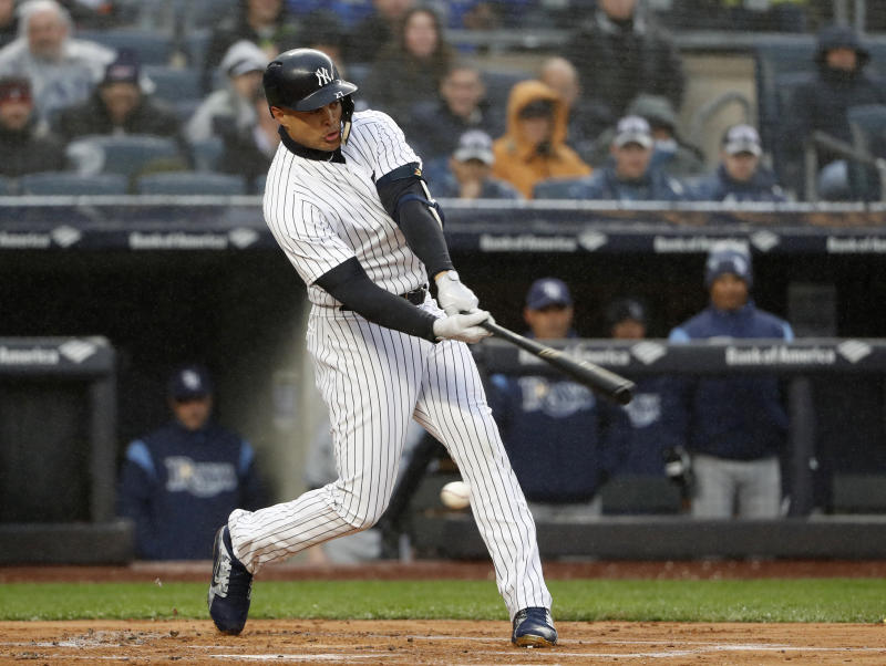 Yankees fans boo Giancarlo Stanton after five-strikeout debut in NY