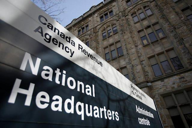 A sign is pictured in front of the Canada Revenue Agency (CRA) national headquarters in Ottawa, Ontario, Canada March 13, 2017. (REUTERS/Chris Wattie)