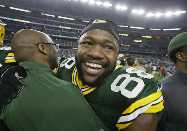 Andy Behrens believes those who invest in Ty Montgomery will grin from ear to ear. (AP)