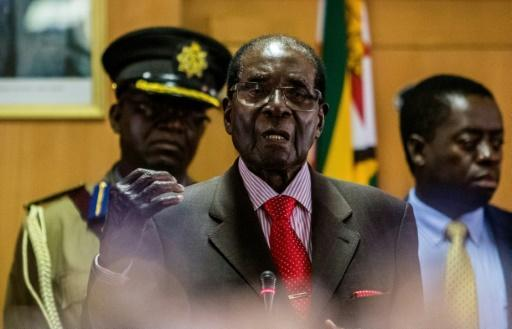 Zimbabwe's Mugabe, 93, starts nationwide speaking tour