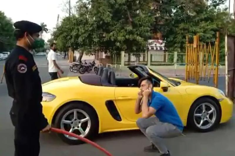 Indore Man Driving Luxury Sports Car during Curfew Made to Do Sit-ups, Claims He Went to Distribute Food