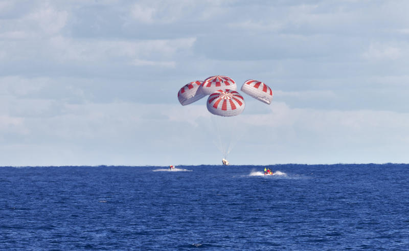 SpaceX Demo-1 Splashdown