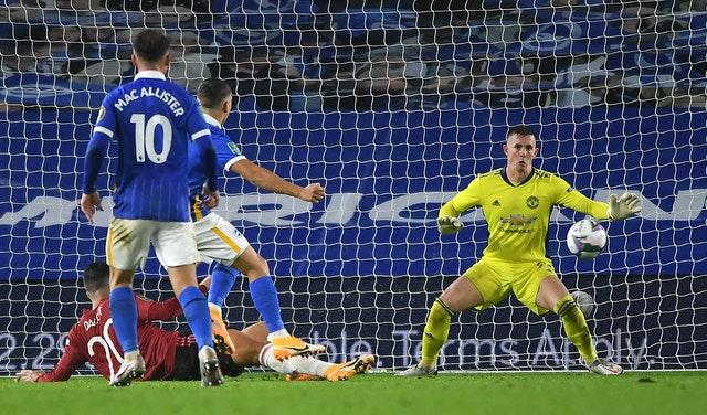 Dean Henderson made a fine save to deny Leandro Trossard