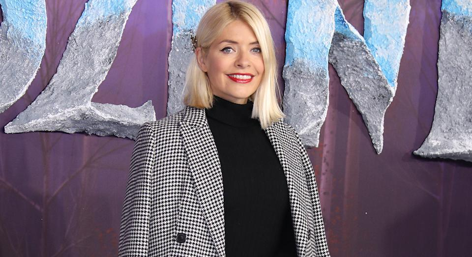 Holly Willoughby's sell-out M&S dress comes in a shirt and skirt version. (M&S)