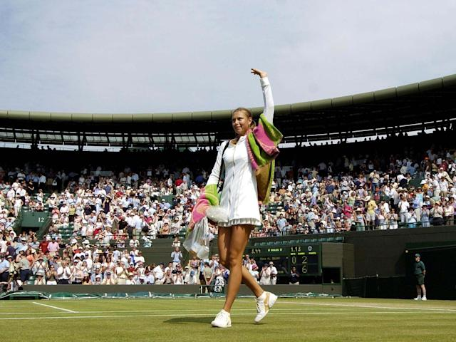 Maria Sharapova announced herself to the world at Wimbledon: Reuters