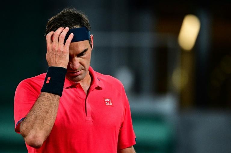Roger Federer withdrew from the French Open despite reaching the fourth round