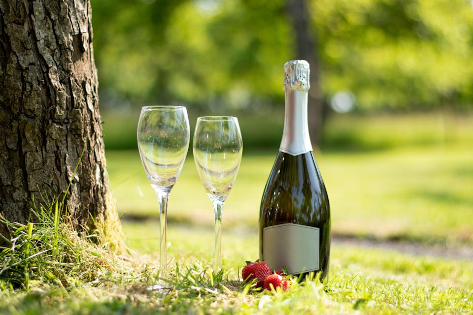 Tennis fans can get a taste of Wimbledon with their at home hamper, which includes strawberries and cream. (Getty Images)
