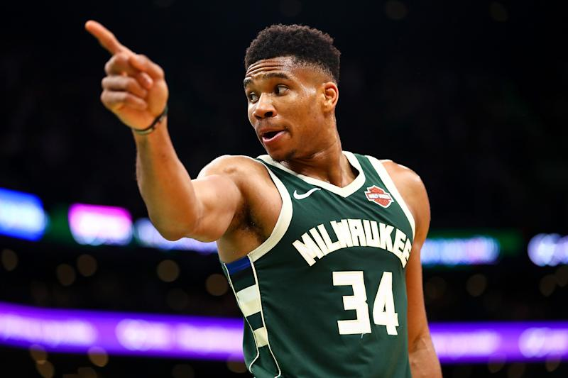 High-flying Milwaukee Bucks foil Wizards in thriller