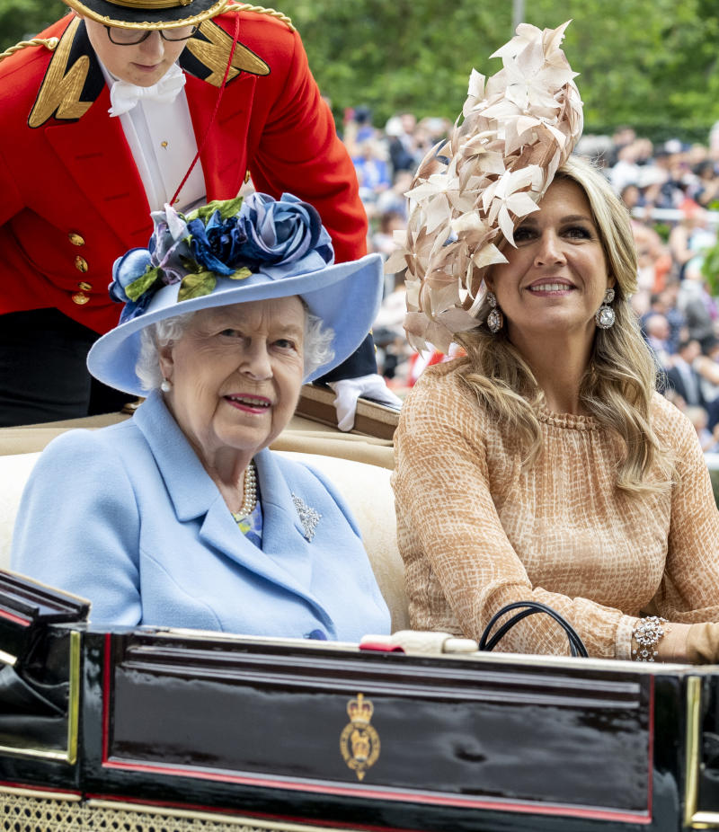 Queen Elizabeth and Queen Maxima of The Netherlands. (Photo by Mark Cuthbert/UK Press via Getty Images)