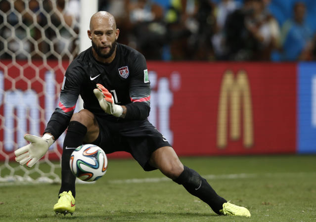 US goalkeeper Tim Howard makes a save during extra-time in the Round of 16 football match between Belgium and USA at The Fonte Nova Arena in Salvador on July 1, 2014, during the 2014 FIFA World Cup (AFP Photo/Adrian Dennis)