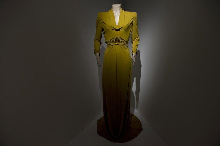 """An evening gown worn by actress Cate Blanchett as Katharine Hepburn in """"The Aviator"""" (2004) on display at the Martin Scorsese exhibition at the Deutsche Kinemathek Museum for Film and Television in Berlin on January 9, 2013. A Berlin museum will Wednesday open what it called the first exhibition worldwide dedicated to the work of veteran US film-maker Martin Scorsese"""