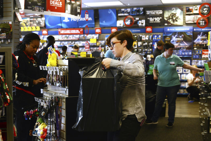 US retail sales jump in November on strong holiday sales
