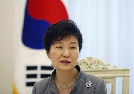 South Korean President Park Geun-hye speaks during an interview with Reuters at the Presidential Blue House in Seoul September 16, 2014. REUTERS/Kim Hong-Ji (