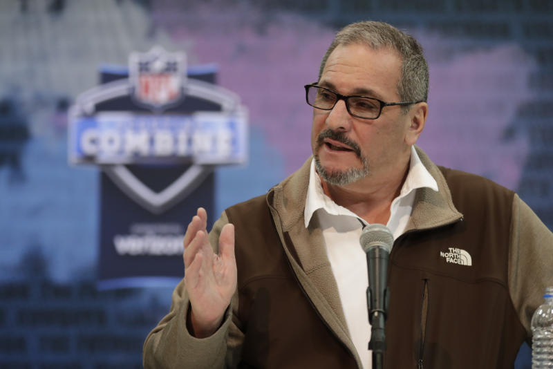 New York Giants general manager Dave Gettleman will keep his job for 2020. (AP Photo/Michael Conroy, File)