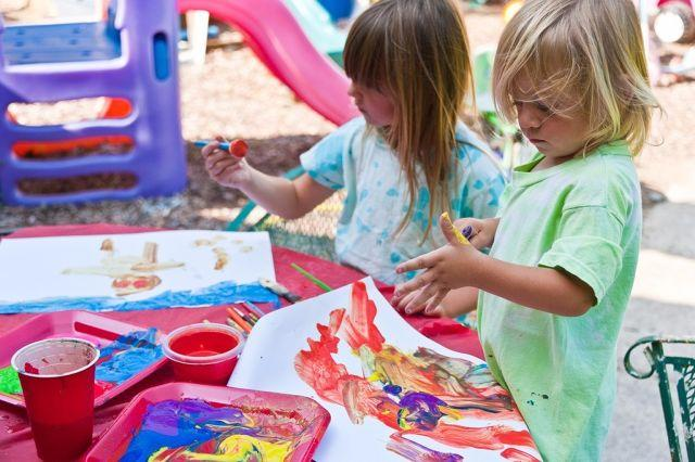 3 Perfect Mess-free Art and Craft Activities for Your Messy Toddler