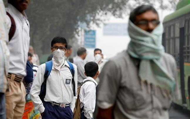 <p>The Dean of Diplomatic Corps said he expressed diplomats' concern about air pollution in the national capital at a meeting with Chief of Protocol Sanjay Verma.</p>