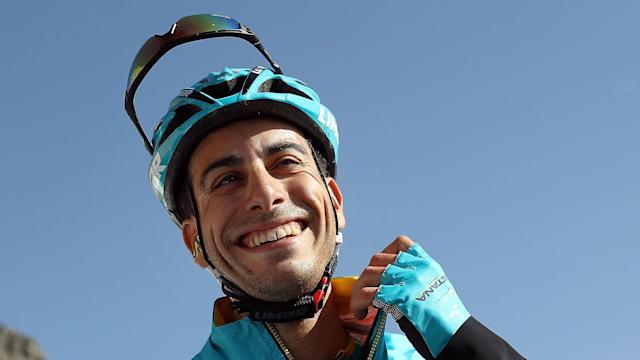 Fabio Aru should not give up hope of riding for Astana in the Giro d'Italia despite a knee injury, says Vincenzo Nibali.