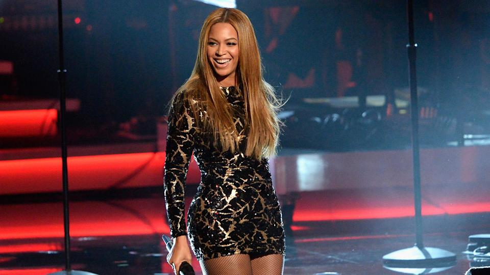LOS ANGELES, CA - FEBRUARY 10:  Recording artist Beyonce performs onstage during Stevie Wonder: Songs In The Key Of Life - An All-Star GRAMMY Salute at Nokia Theatre L.