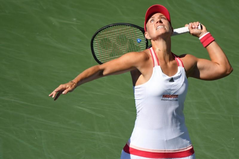 Kerber ousted as Shapovalov, Rublev advance in Rome