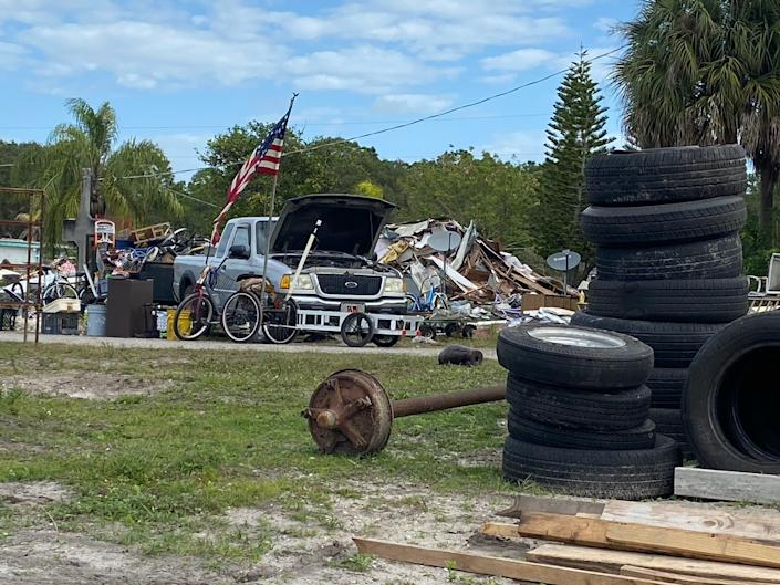 Developers plan to build a strip mall on the Myakka River Park mobile-home park property once the few remaining squatters and residents move out. (Justin Cody Willis)