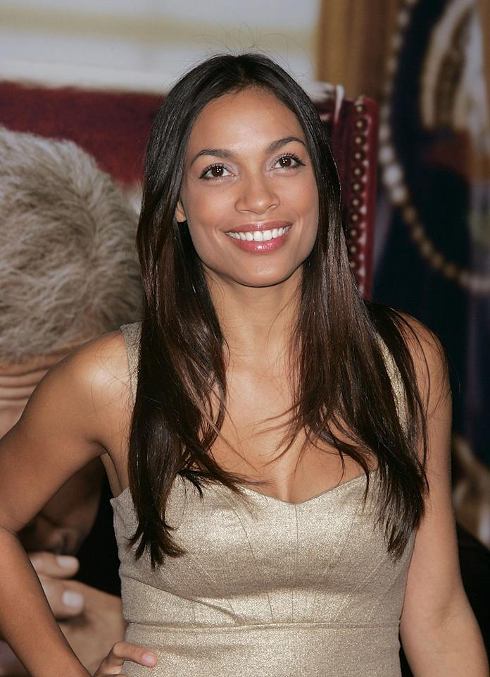 "<a href=""http://movies.yahoo.com/movie/contributor/1800023039"">Rosario Dawson</a> at the New York premiere of <a href=""http://movies.yahoo.com/movie/1810026489/info"">W.</a> - 10/14/2008"