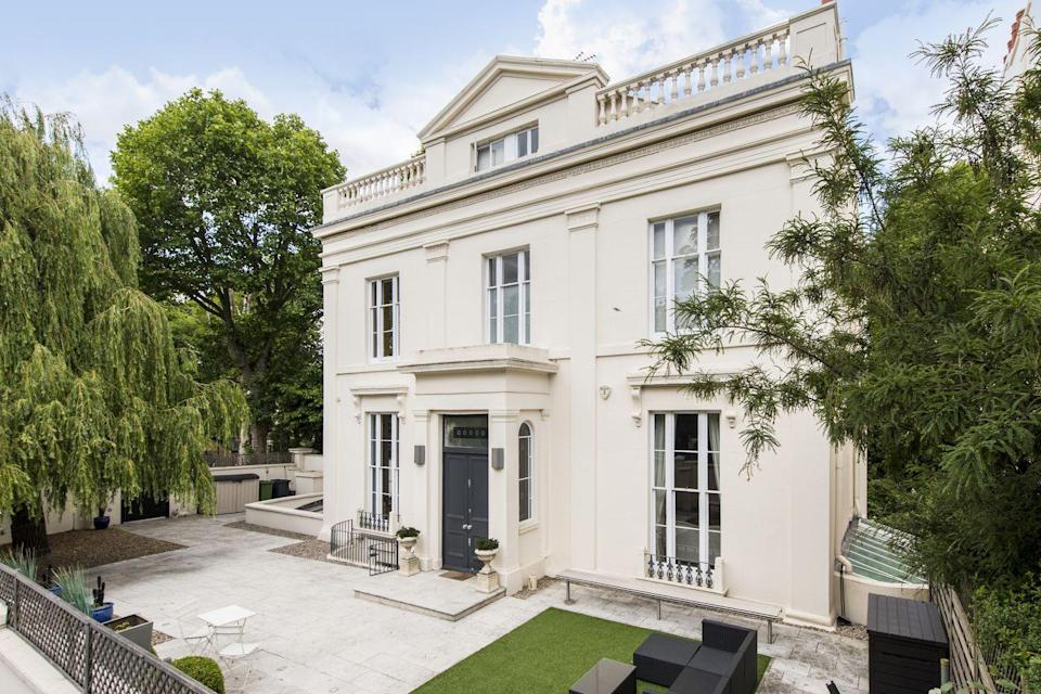 """<p>This charming white-hued house is located in the Heart of Little Venice, London. As well as gorgeous views over Regents Canal, it has six bedrooms, five <a href=""""https://www.housebeautiful.com/uk/decorate/bathroom/a35031505/modern-bathroom-ideas/"""" rel=""""nofollow noopener"""" target=""""_blank"""" data-ylk=""""slk:bathrooms"""" class=""""link rapid-noclick-resp"""">bathrooms</a>, a large reception area and pristine gardens, too. Tempted? You'll need £5.9 million... </p><p><a href=""""https://www.knightfrank.co.uk/properties/residential/for-sale/warwick-avenue-london-w2/sjw180234"""" rel=""""nofollow noopener"""" target=""""_blank"""" data-ylk=""""slk:This property is currently on the market for £5,950,000 via Knight Frank"""" class=""""link rapid-noclick-resp"""">This property is currently on the market for £5,950,000 via Knight Frank</a>. </p>"""