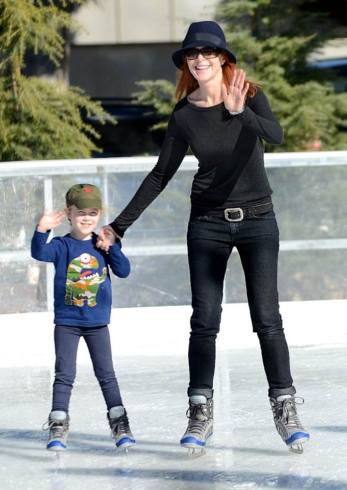 "<p class=""MsoNormal""><span style=""font-size:9pt;"">Marcia Cross and her husband, Tom Mahoney, didn't let a little thing like living in Southern California keep them from taking their 4-year-old twin daughters, Eden and Savannah, ice skating. The family hit a seasonal outdoor rink in Santa Monica on Wednesday. (12/28/2011)</span><span></span></p>"