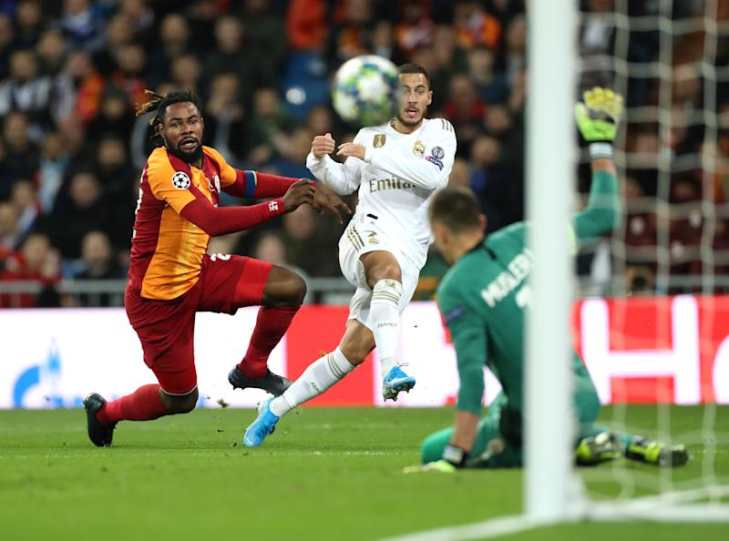 MADRID, SPAIN - NOVEMBER 06: Eden Hazard of Real Madrid shoots during the UEFA Champions League group A match between Real Madrid and Galatasaray at Bernabeu on November 06, 2019 in Madrid, Spain. (Photo by Angel Martinez/Getty Images)