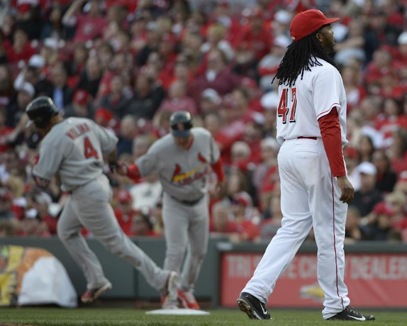 Molina's HR leads Cardinals over Reds 1-0