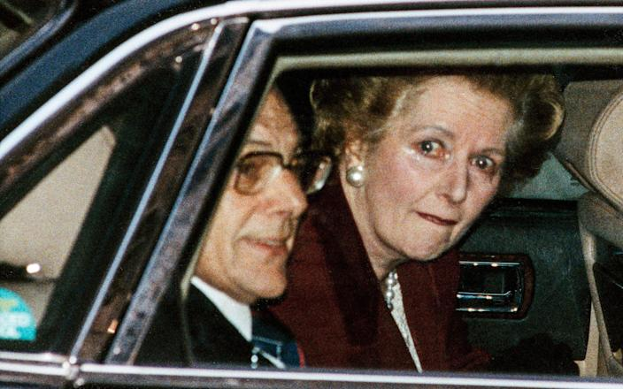 Margaret Thatcher leaves Number 10 Downing Street for the last time as Prime Minister - Ken Lennox