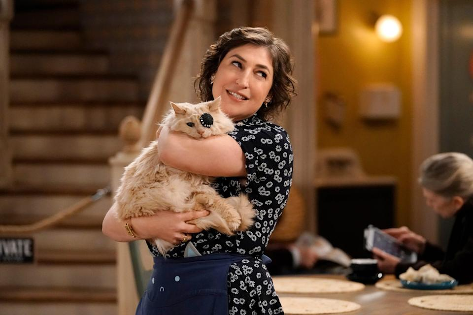 """Mayim Bialik stars in Fox's """"Call Me Kat,"""" which has been renewed for a second season."""